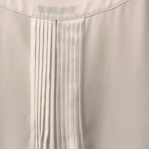 NYDJ Tops - NYDJ white sleeveless pleat back blouse size L